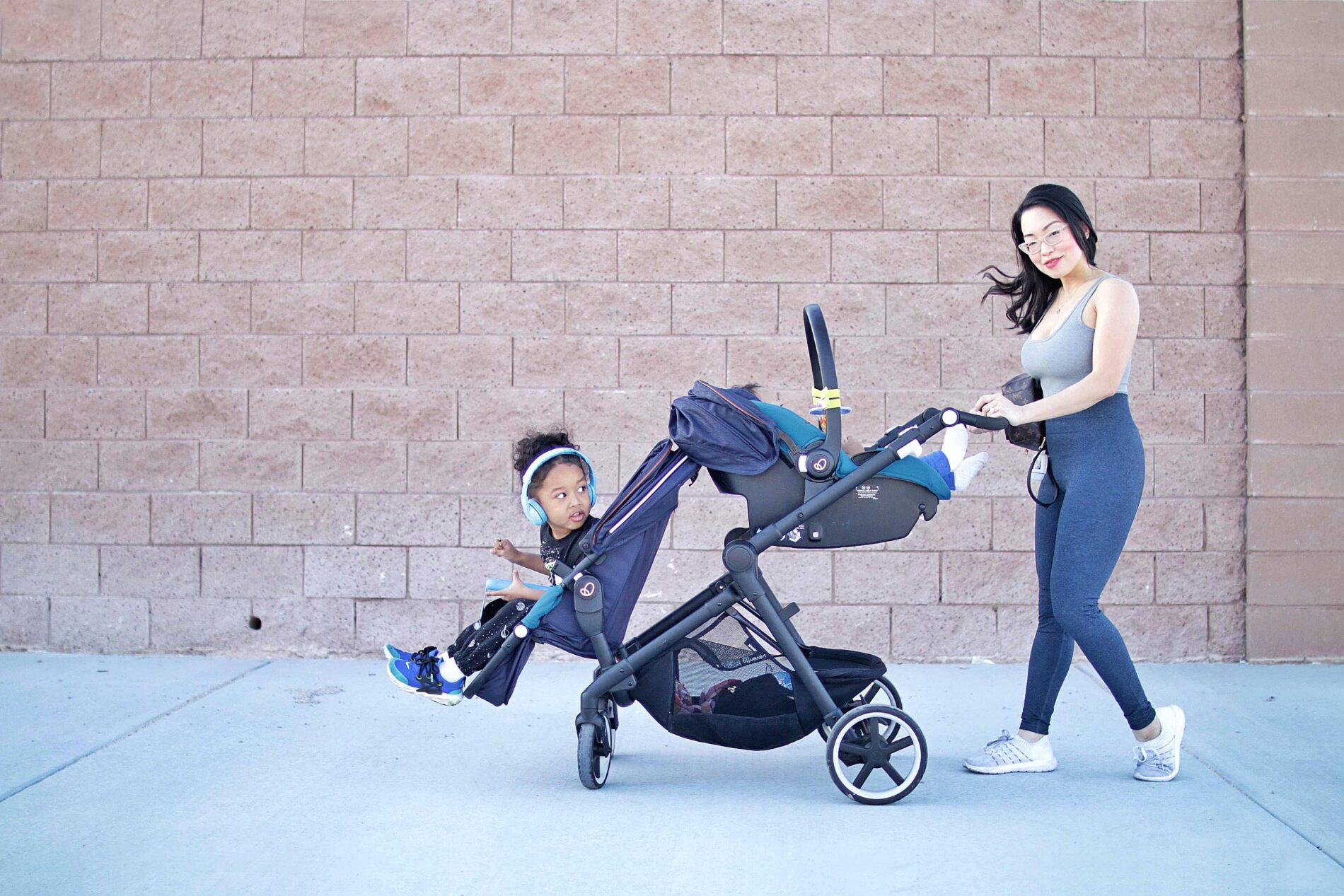 running jogging workout with kids