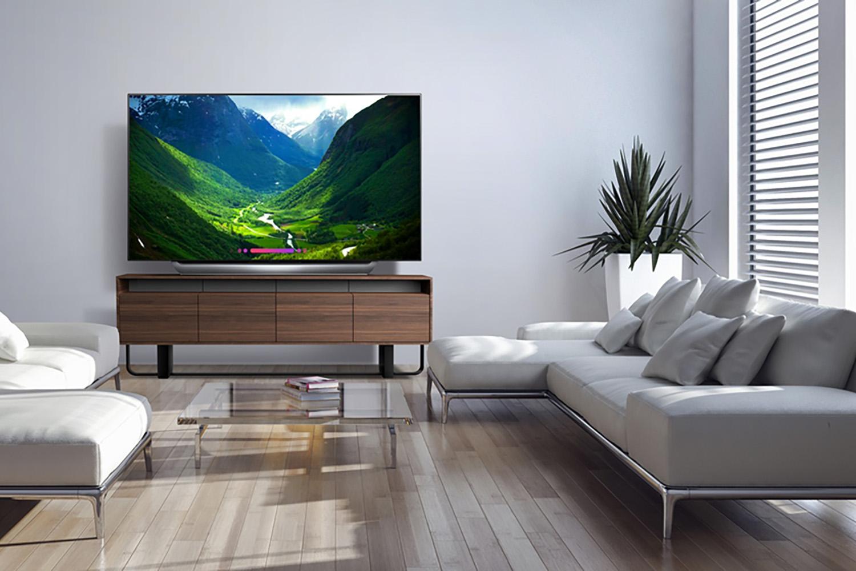 LG OLED 77 Inch C8 TV