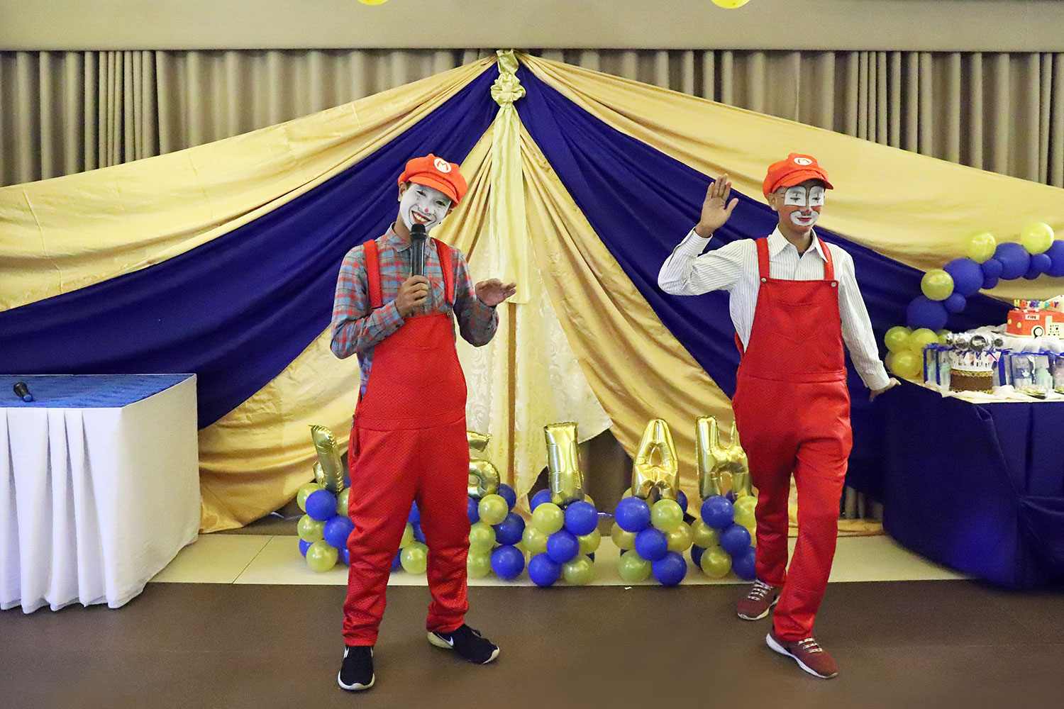 Rhonze Klowns and Party Shop