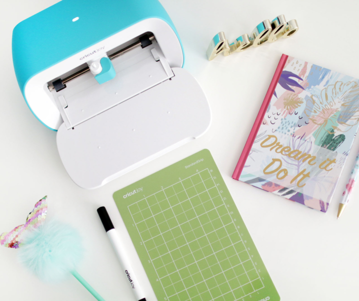"Get Started Crafting with Cricut Joy + Quick ""No Computer"" Matless Project!"