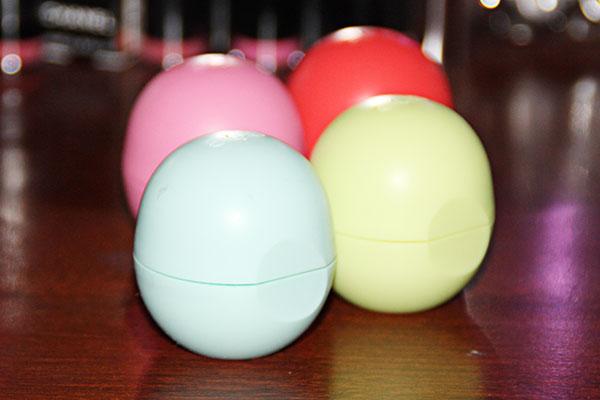 EOS Organic Lip Balm Sphere