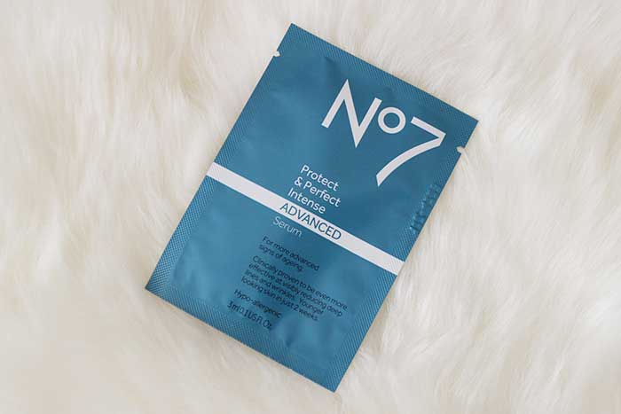 Boots No7 Protect & Perfect Intense ADVANCED
