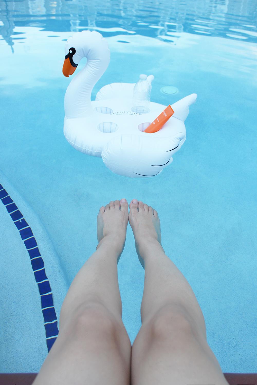 Swan Drink Holder