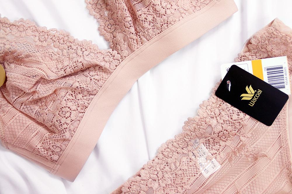 Wacoal Embrace Lace