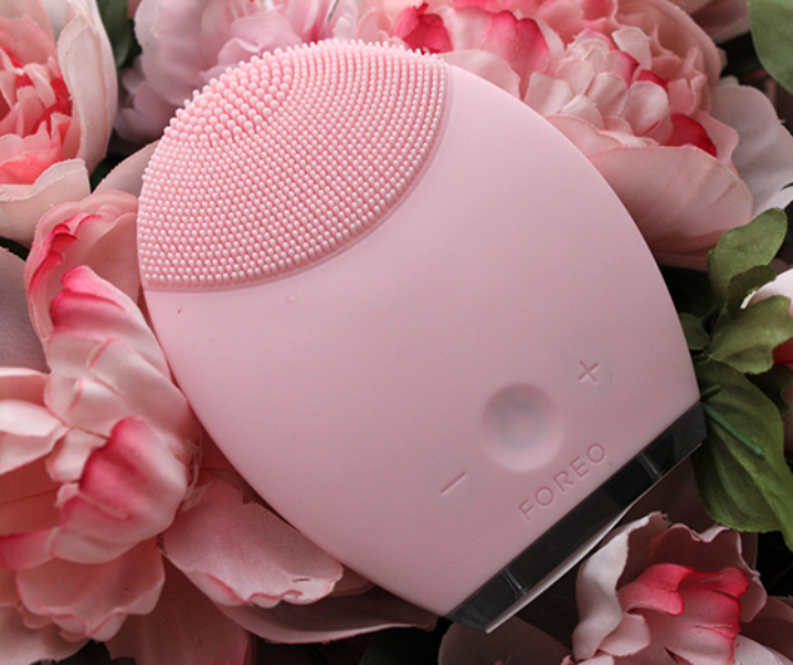 Foreo Luna – Join the Revolution!