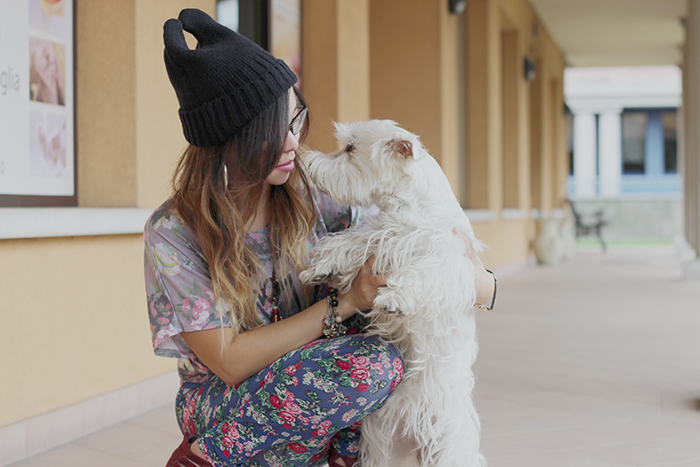 Fashion Blogger Angela Ricardo pet dog
