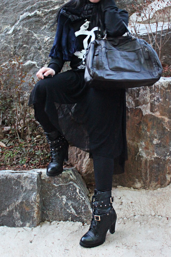 black winter fashion