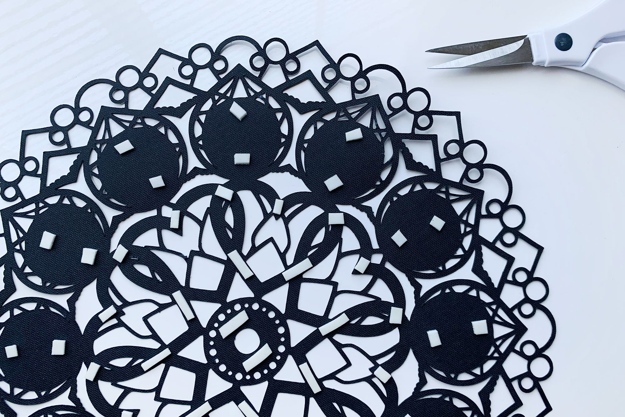 Cricut Layered Mandala Clock Tutorial