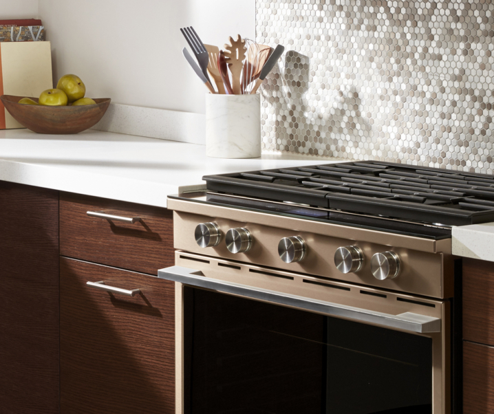 Oven and Stovetop Cleaning Hacks You Need to Know About!