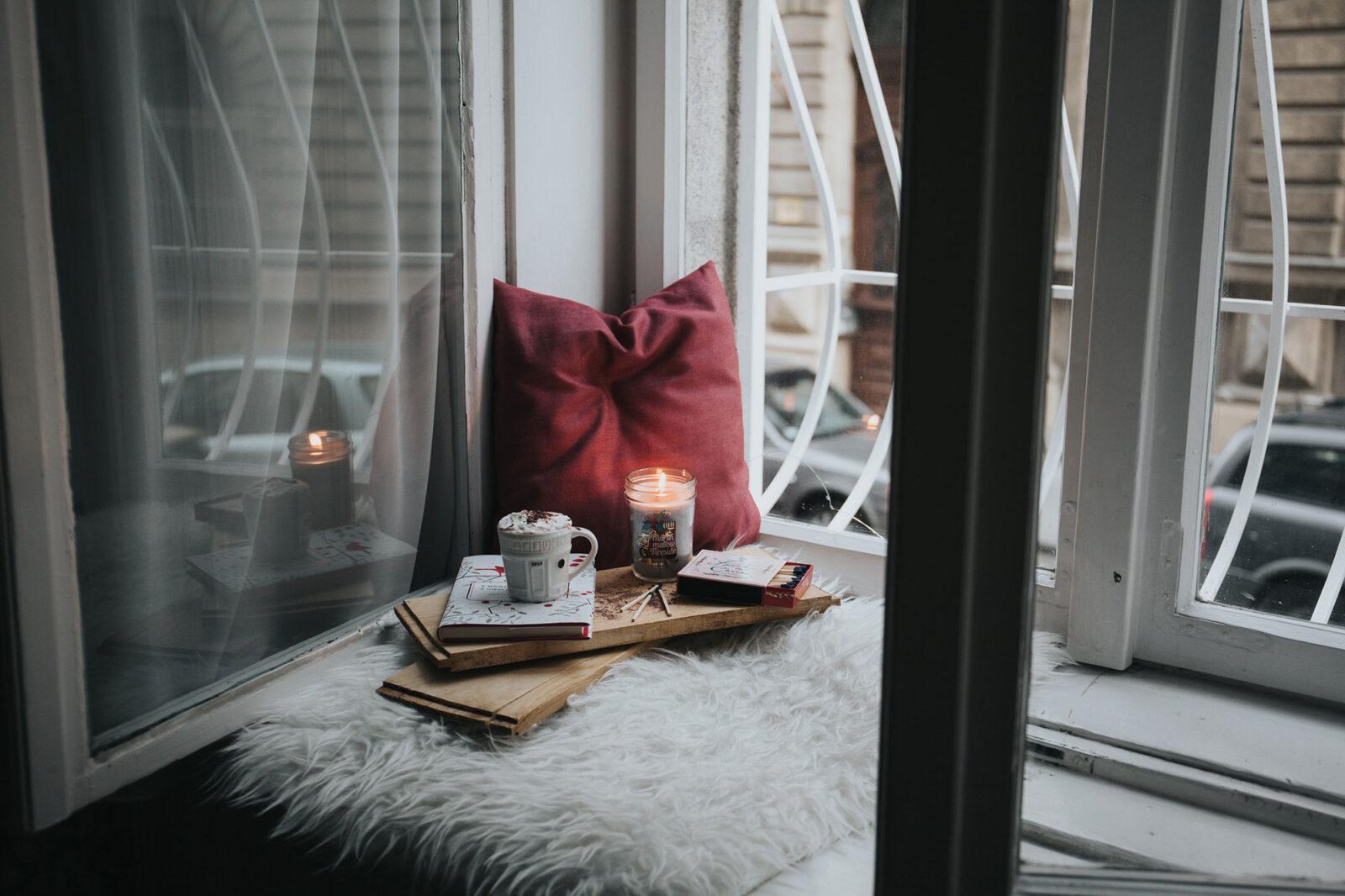 reading nook, cozy space, book