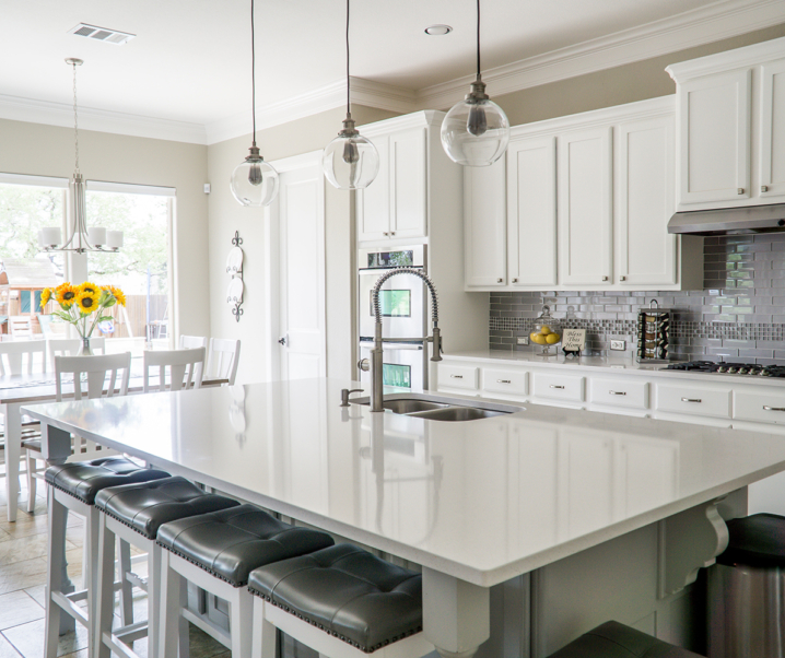 10 Clever Kitchen Cleaning Hacks That Will Save You Time!