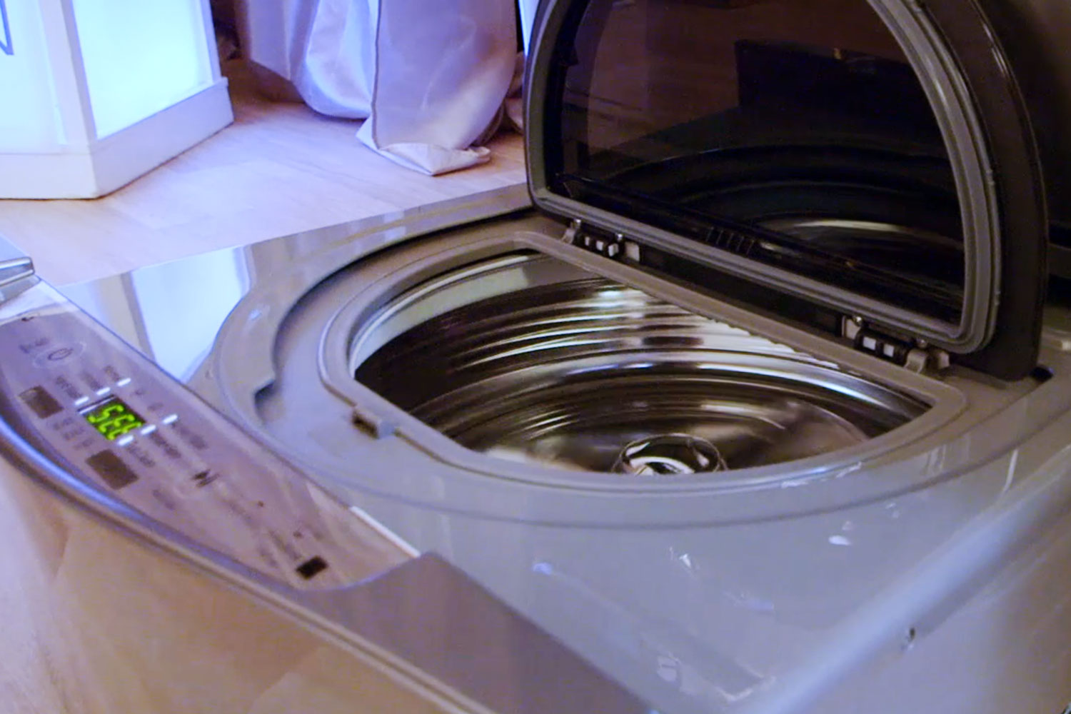 LG washer and dryer with SmartThinQ® technology