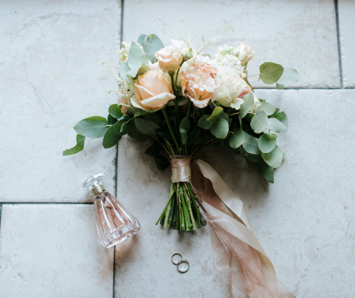 Groom Notes: Buttonholes!