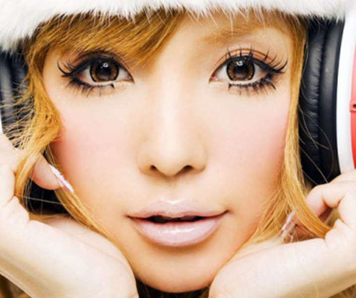 An Overview of Gyaru Makeup for 2013